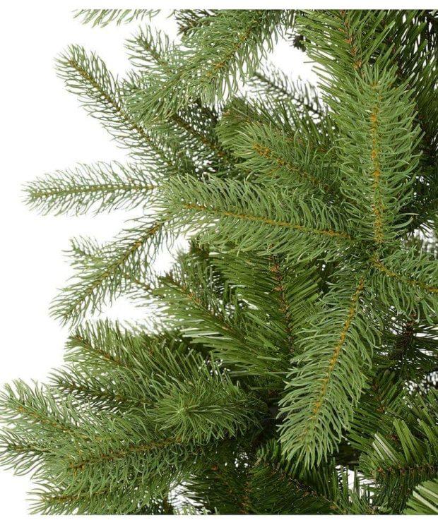 Kunstlicher Weihnachtsbaum Zweige